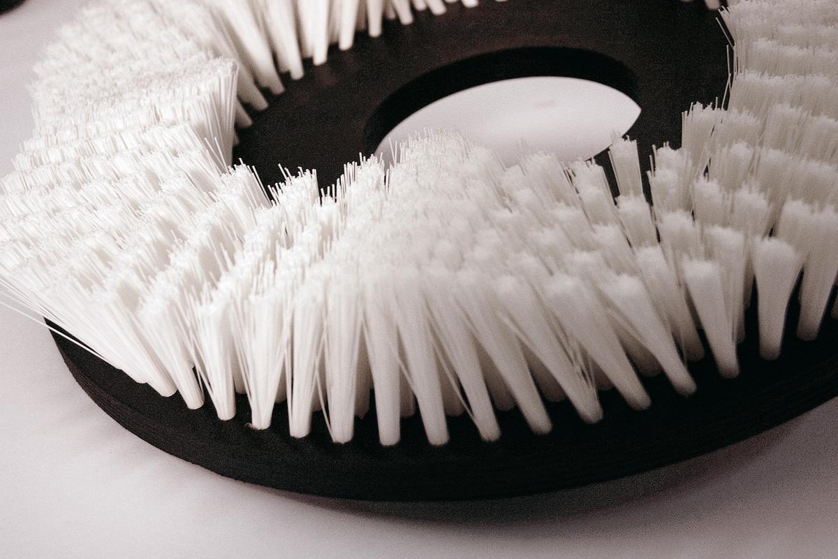 Spazzole a disco circolari rotanti